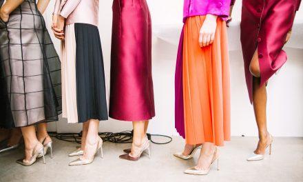 Najmodniejsze sukienki na studniówkę 2018